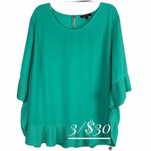 Relativity 2X ruffled top green 3/4 sleeve